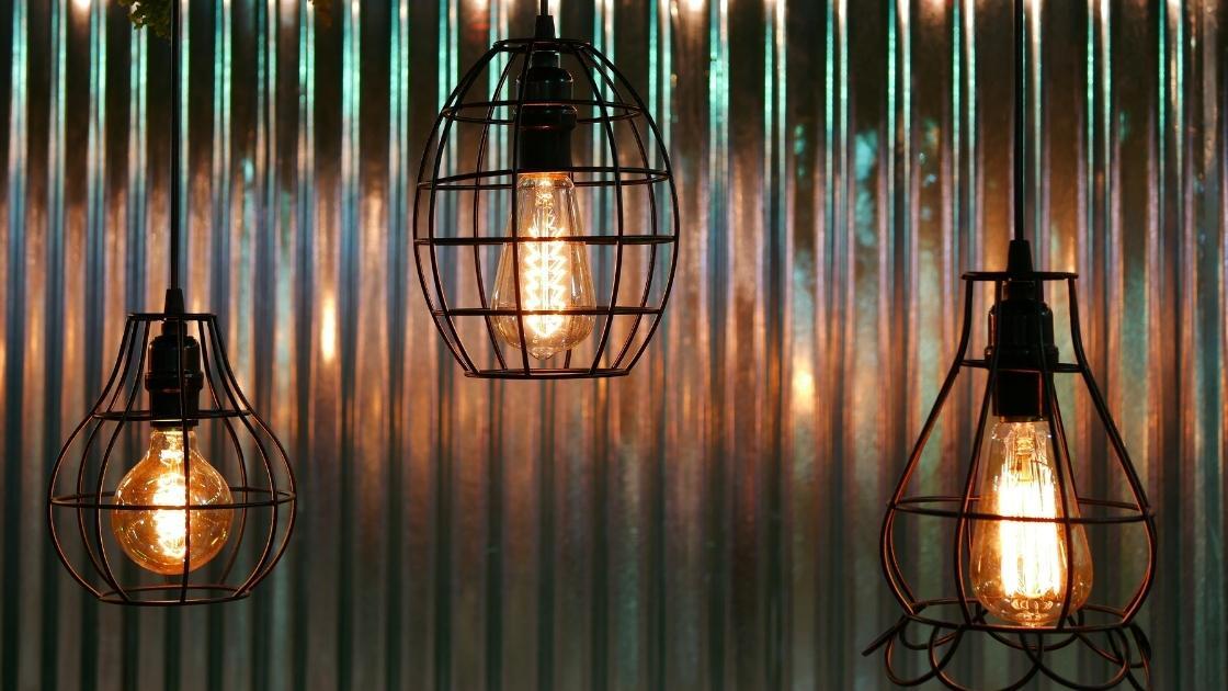 Luminárias: Iluminação semidireta