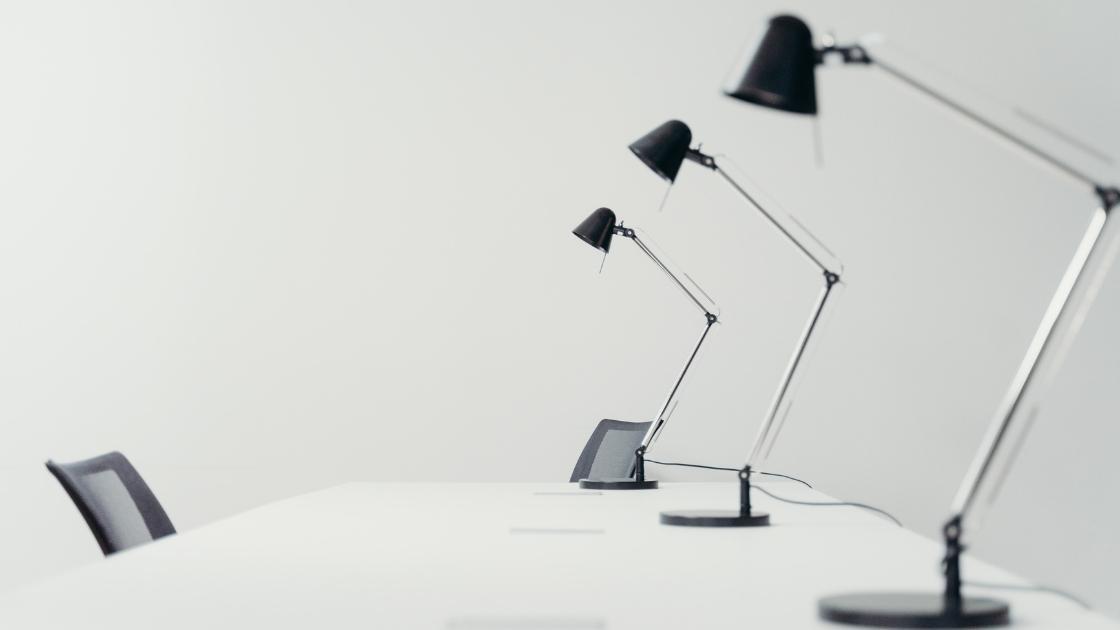 Tipos de Luminárias: Luminárias de mesa