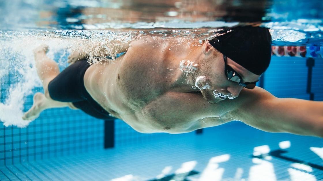 Projeto De Piscina: Revestimentos de piscina