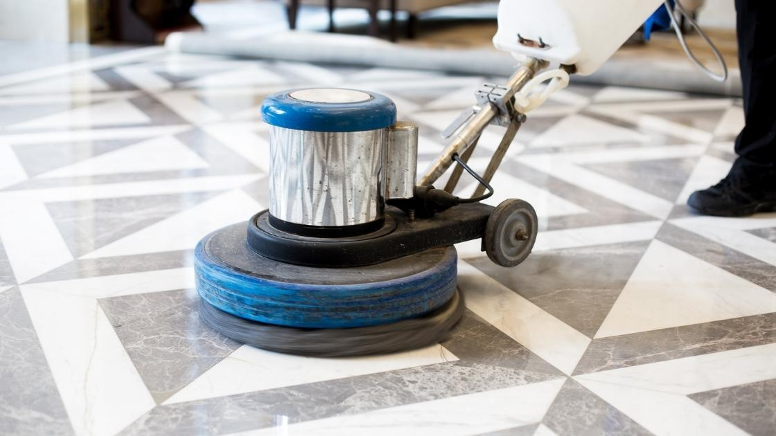 Tipos de piso: Mármore