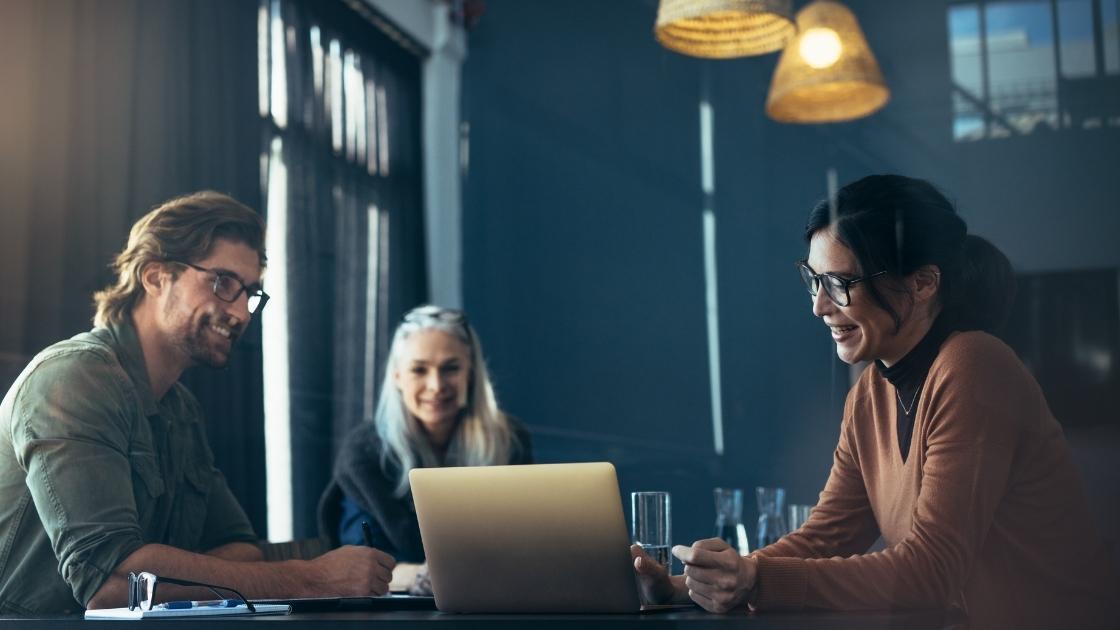 Primeira reunião: Demonstre empatia durante a reunião